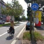 Radwegumbau B51 mit Radfahrerin
