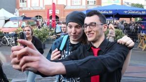 Ungespielt: Selfie mit Fan