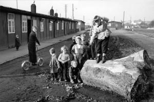 Evangelisches Hilfswerk - Flüchtlingslager Flüchtlingslager für Ostvertriebene in Baracken des ehemaligen RAD in Wipperfürth Hans Lachmann, Archiv der EKiR